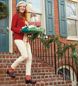 dansko-holiday-reads-uniforms